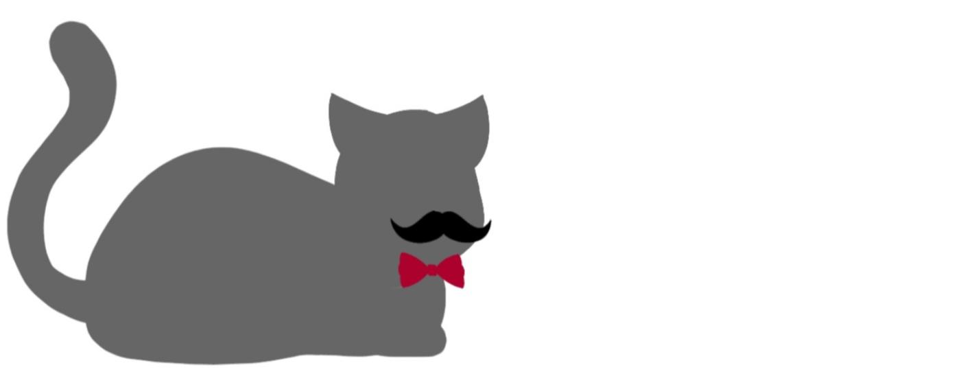 横に座る猫(黒め、左)